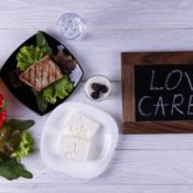 Low-carb diet reduces liver fat and cardiometabolic risk factors